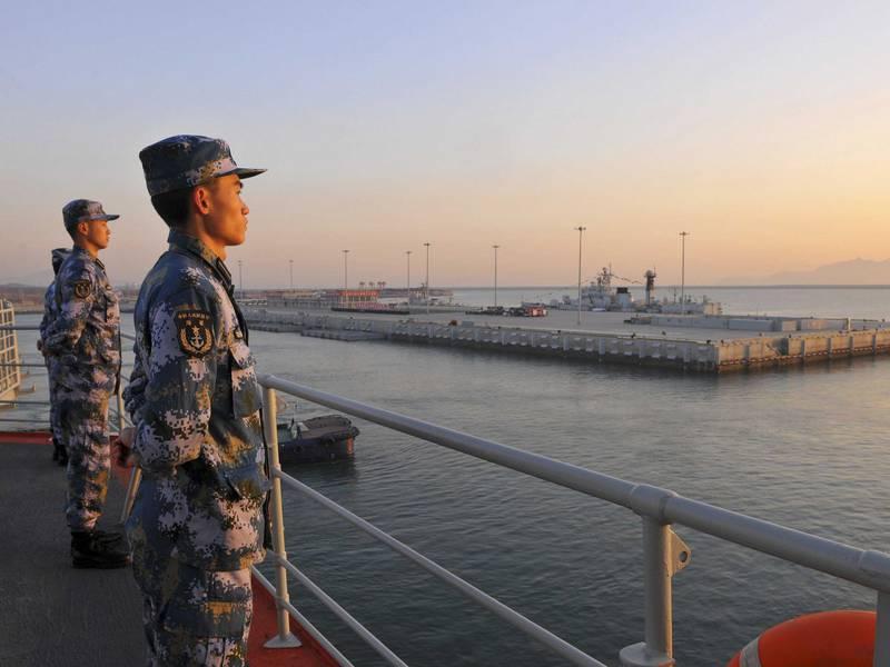 Начальник флота задал новому моряку вопрос, ответ на который поставил его в тупик!