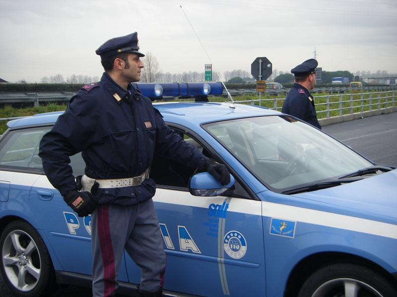 Этот коп остановил нарушителя, когда пьяный сел в патрульную машину. что произошло дальше – стоит прочесть!
