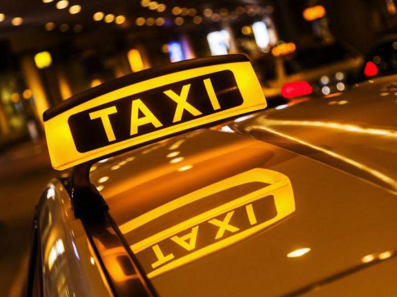 Таксист понадеялся, что слова были адресованы ему!