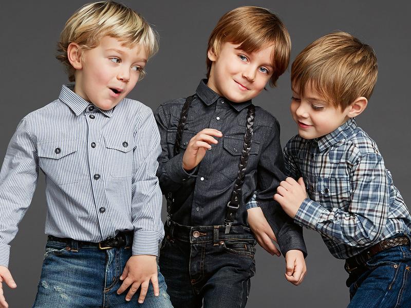 Мальчики рассуждают на действительно важные темы! :)