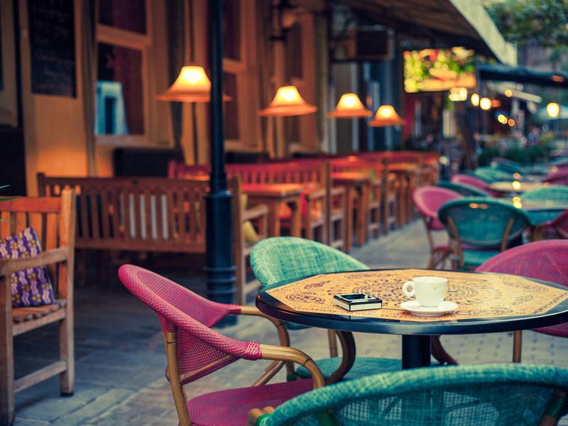 В этом кафе их, мягко говоря, не хило обманули!