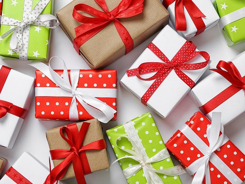 Эти дети ценили подарки намного больше других…