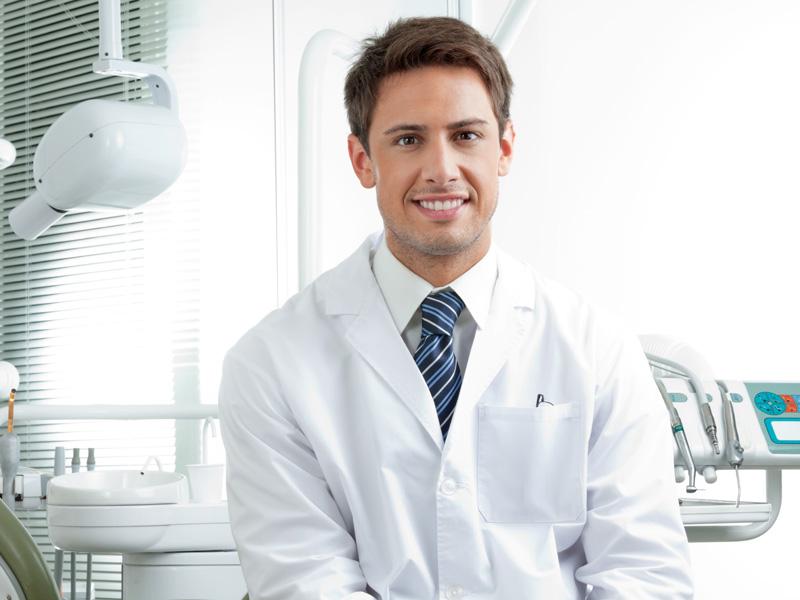 «Лайфхак «как сэкономить на стоматологе» для знаменитостей»
