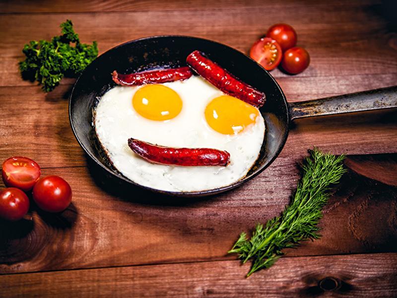 Муж вошел на кухню и превратил приготовление яиц в нечто!