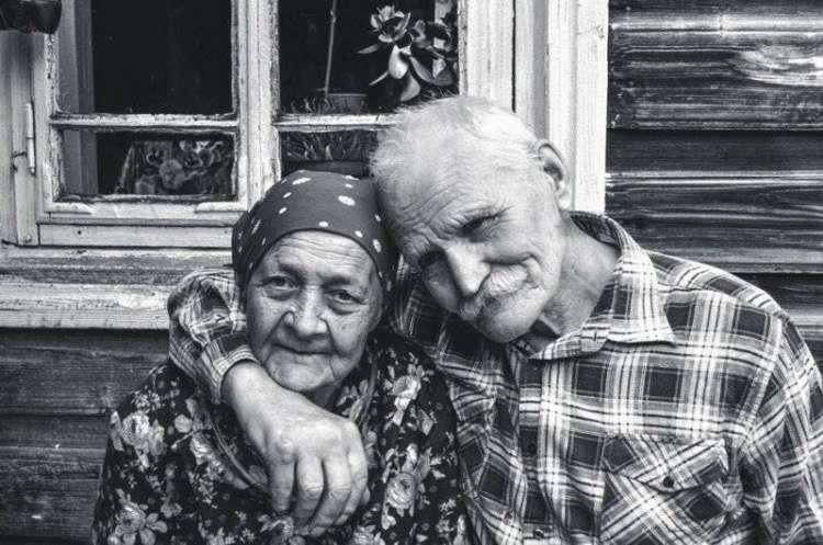 Любимые Бабушки и дедушки, живите вечно! Время с вами - бесценно