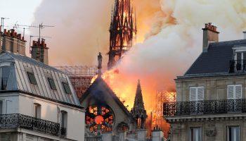 Боль всего человечества: Детали пожара в Нотр-Даме