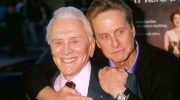 102-летний актер-легенда Кирк Дуглас заявил: «Старость – у человека в голове»