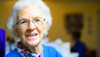 Умная бабушка: Как одним сюрпризом сделать подарок и внуку, и его родителям!