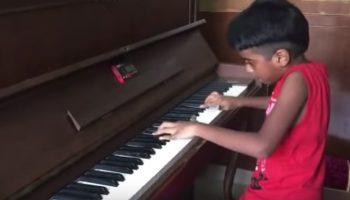 «Экспромт» Великого Шопена в исполнении маленького гения из Индии!