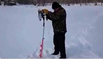 Самая забавная зимняя рыбалка за всю историю мира! Сумасшедший бур в действии!