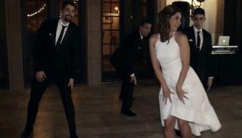 Мама сегодня невеста! Сыновья пригласили свою маму на танец.