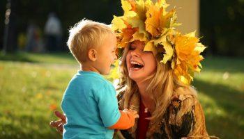 Если у вас мальчик: 6 советов, как не должна вести себя мама