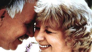 Променяла родных внуков на новую любовь! Зачем ей свадьба на старости лет?