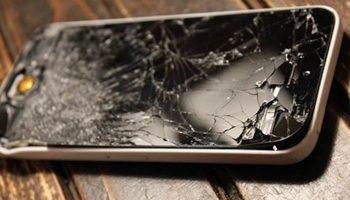 """В воскресенье стал в магазине свидетелем мастерской разводки с """"разбитым телефоном"""""""
