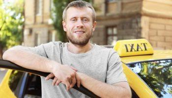 10 лет работы в службе такси точно не проходят бесследно…