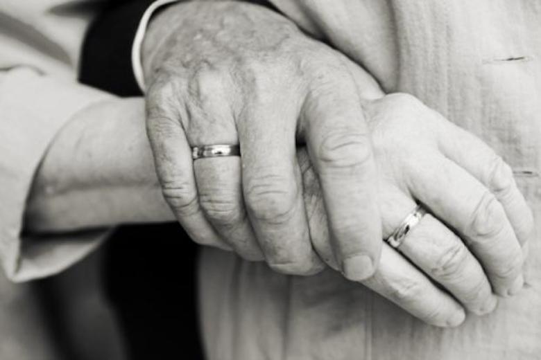 На днях наступит этот момент - мы разводимся. Мужу 68, мне — 62