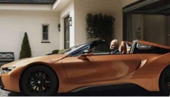 Бывает и так: BMW оригинально поздравили главу Mercedes с выходом на пенсию