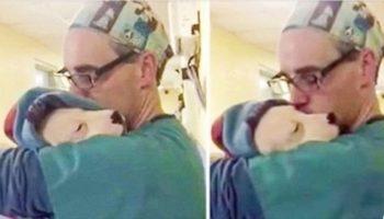Испуганный щенок не мог остановиться, он плакал и плакал, пока доктор не взял его на ручки