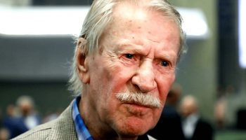 Бывшие жены и алчная родня отобрали недвижимость у 88-летнего Ивана Краско