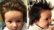 После их рождения родители взялись за ножницы, чтобы сделать им прическу. У этих малышей волос на голове больше, чем песка на пляже!