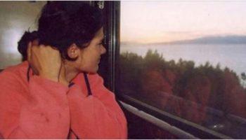 Еду домой к маме — сказала Аня и отвернулась к окну, на глаза навернулись слезы