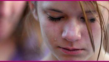 В школе юноша унизил 15-летнюю девочку и сорвал с нее бюстгальтер. Вот как мудрая мать решила его проучить