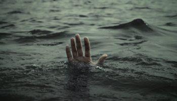 Муж бросил тонуть жену в океане. Причина вас растрогает до слез!