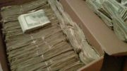 Дед нашел 95000 долларов, которые спрятала от него жена. Но когда узнал откуда они появились — был поражен