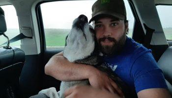 Парень 4 года назад потерял собачку и судьба приготовила ему сюрприз