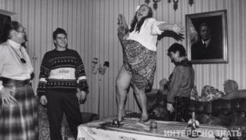10 редких фото застолья советских знаменитостей, которые вы не видели ранее