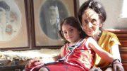 Посмотрите, вот так выглядит 14-летняя дочка самой старой мамы в мире, родившей в 66 лет