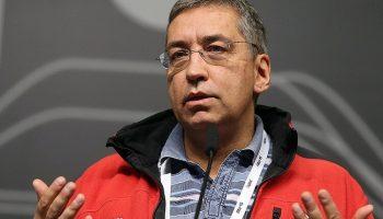 Эксперт по ИТ-безопасности Игорь Ашманов советует заклеить камеру телефона!