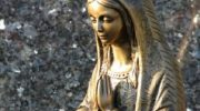 Сильный молитвенный оберег «Сон Богородицы» — избавит от беды, укротит неприятности и поможет в любом начинании.