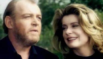 Джо Кокер и очаровательная Катрин Денев — «Никогда не забывай»!