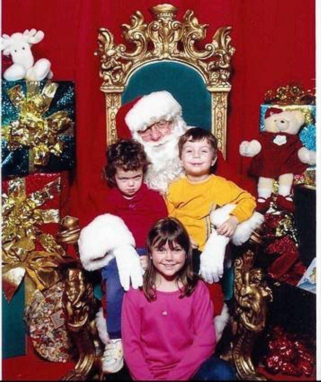 22. Не все дети любят фотографироваться с Санта Клаусом
