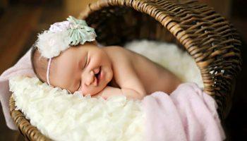 Девочка родилась с заячьей губой и была брошена в роддоме, а через 19 лет мать увидела дочку по телевизору.