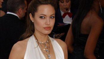 Платье Анджелины Джоли — лучшее за всю историю Оскара