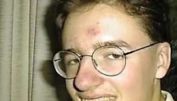 Его все дразнили в школе из-за внешности. Прошло 13 лет…!Школьные обиды иногда не забываются никогда!