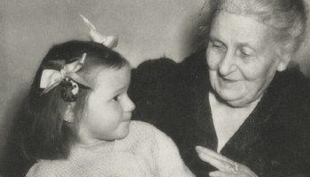 Заповеди Марии Монтессори для родителей: «Детей учит то, что их окружает»