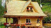 В этом крошечном бревенчатом доме, площадью всего 27 кв. метров, есть все для удобства