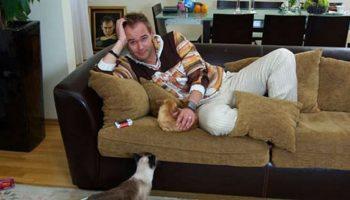 Звезда «Глухаря» Максим Аверин — заядлый кошатник, хотя и к собакам относится очень хорошо