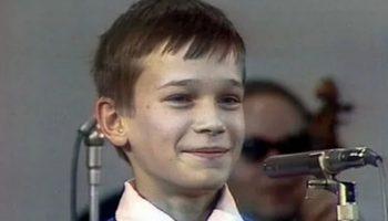 Почему рухнул СССР на примере детской песни