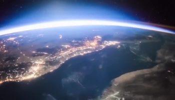 Невероятное зрелище: видео из космоса, как наступает рассвет на Земле