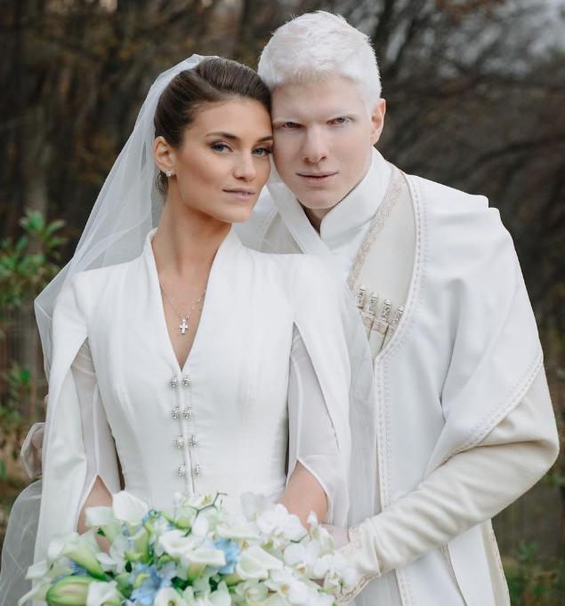 Самый красивый альбинос в мире похвастался своей женой. Сын самого ...