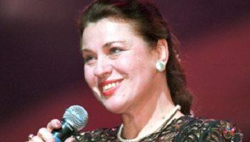 Чтобы не потерять волосы, Валентина Толкунова отказалась от химиотерапии