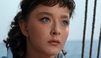Удивительно красивая и талантливая Вертинская, которая исполнила роль Маргариты, сегодня живет в одиночестве