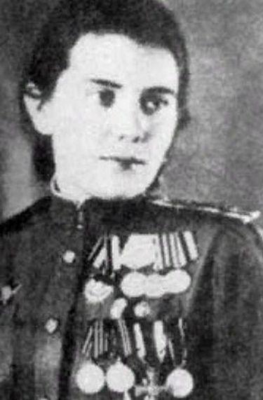 Фельдшер Лидия Захарова - боевая подруга самого Жукова.