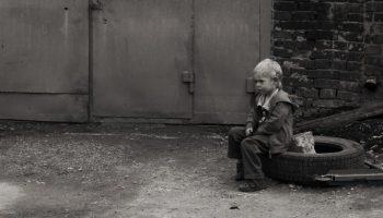 Как мы, взрослые, поневоле учим наших деток предавать себя