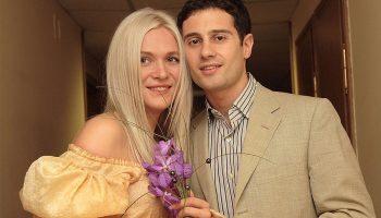 Это была любовь с первого взгляда: Антон и Виктория Макарские и их дети