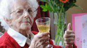 Лишний вес, кофе и алкоголь помогут вам дожить до 100 лет!